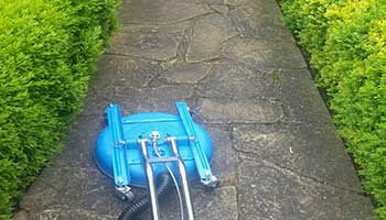 Driveway & Pathways Pressure Cleaning